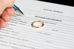Scheidung ohne Versorgungsausgleich - iStock_000007397011XSmall
