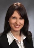 Anwalt  Maya Hetyei
