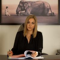 Anwalt  Bettina Neubauer