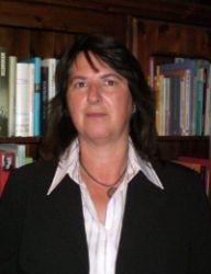 Dr.  Eva Maria Engel
