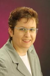 Dr.  Beate Wernitznig